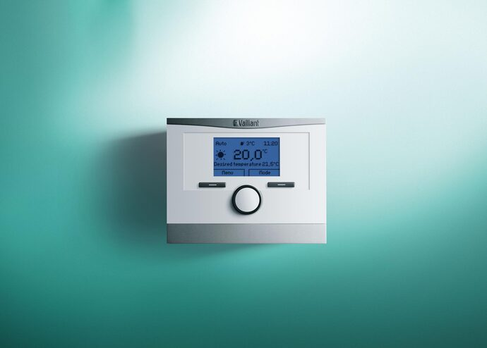 https://www.vaillant.com/media-master/global-media/vaillant/upload/2014-11-20-italy/control12-1681-03-239423-format-flex-height@690@desktop.jpg
