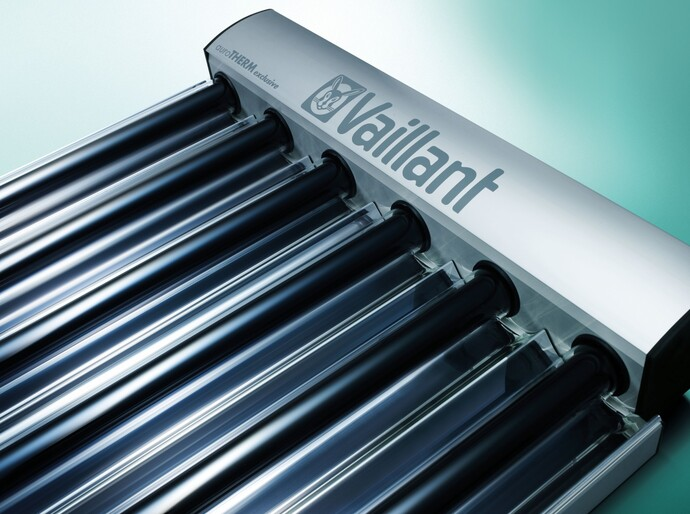https://www.vaillant.com/media-master/global-media/vaillant/upload/uk/solar-thermal/solar09-1093-04-274056-format-flex-height@690@desktop.jpg